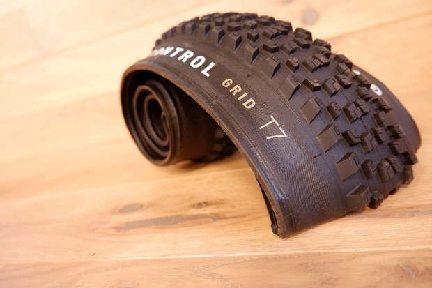 Specialized grid T7
