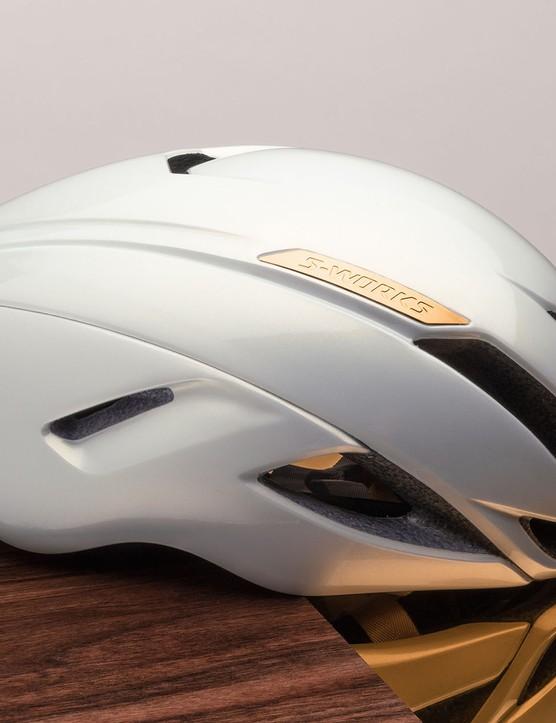 Evade aero road helmet