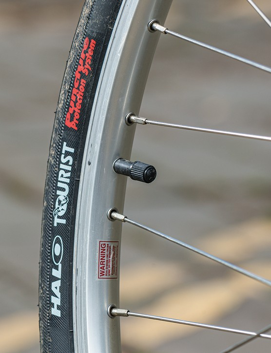 Halo Tourist tyres on the The Light Blue Parkside commuter road bike