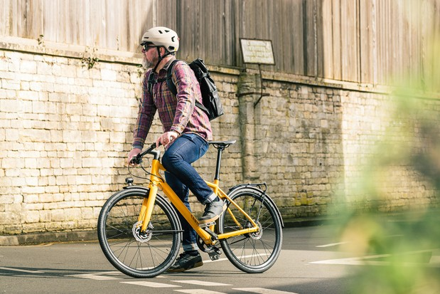 Male cyclist riding the Canyon Commuter 7 bike