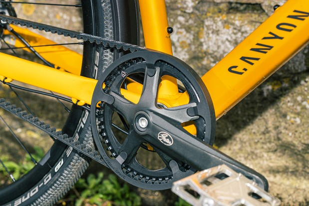 The Canyon Commuter 7 is equipped with a Gates Carbon CDN belt drive