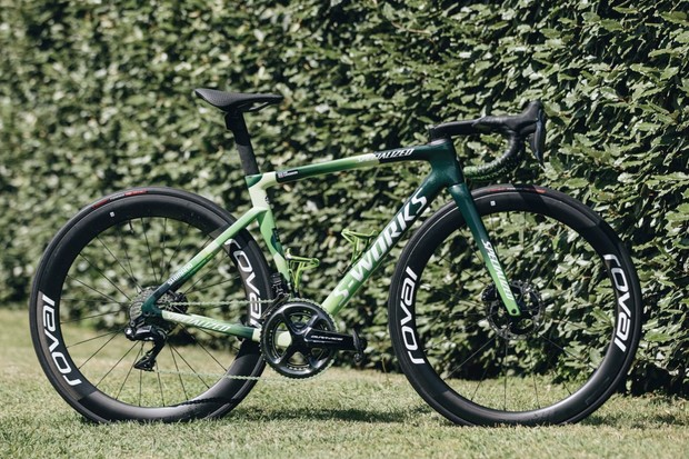 """Specialized limited-edition """"Manx Missile"""" bike honours Mark Cavendish's green jersey and 34 stage wins"""