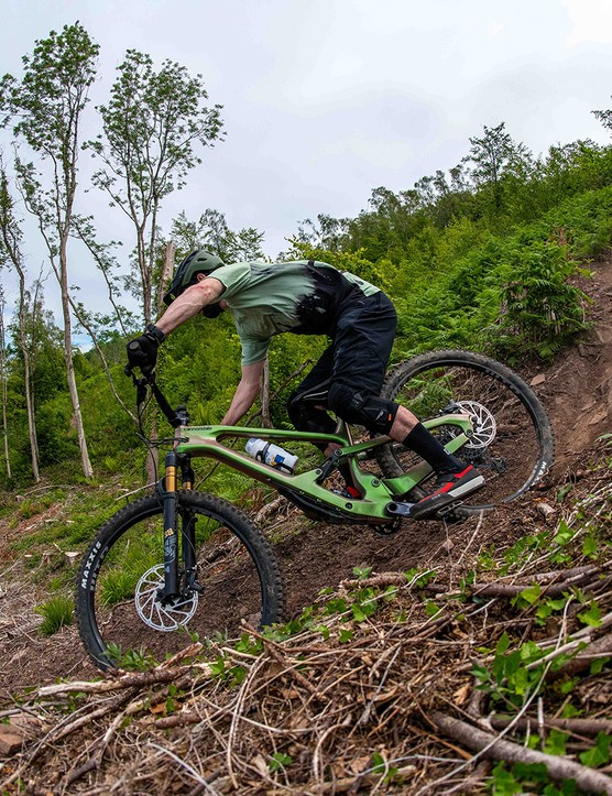 Male cyclist riding the Cannondale Jekyll 1 full suspension mountain bike