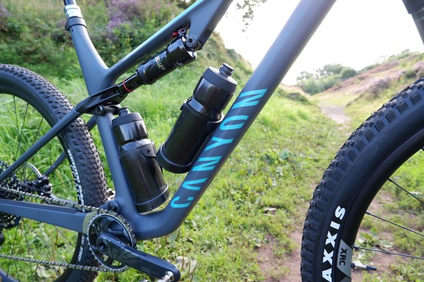 Canyon Lux Trail water bottles