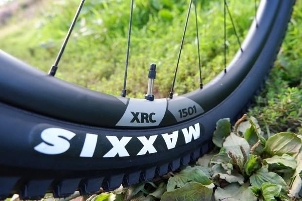 Canyon Lux Trail wheels