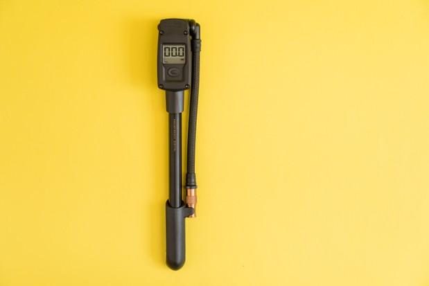 Topeak Pocketshock Digital bicycle suspension shock pump