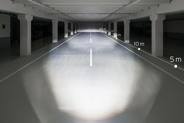 100 LUX LUMOTEC IQ-X Beam – StVZO compliant beam example