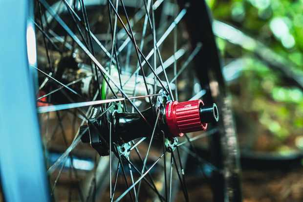 BikeRadar Podcast   What is the point of carbon fibre mountain bike wheels?