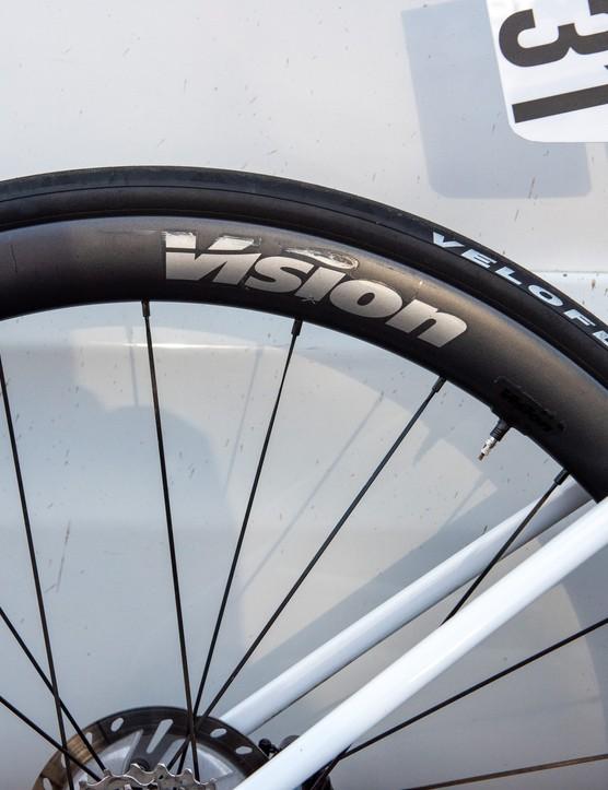 Elisa Balsamo's Metron Vision 40 wheels