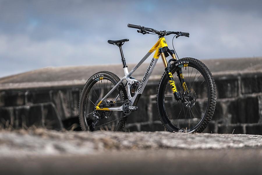 Mondraker's all-new Raze trail bike promises to combine XC speed and enduro capability, plus updated Foxy