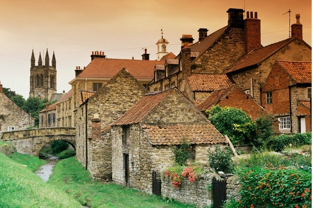 The town of Helmsley sits on the borders North York Moors National Park