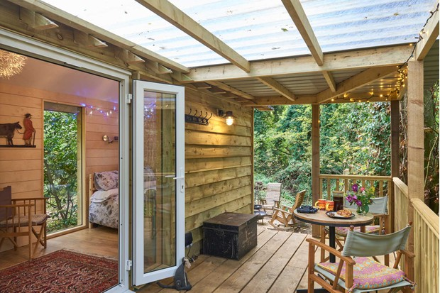 The seating area outside Hazel Tree Cabin, Chiltern Yurt Retreat © Chiltern Yurt Retreat