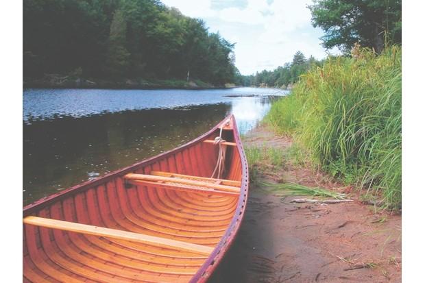 05_Canoe_shutterstock_3629584-bc23c08