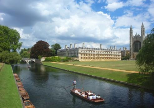 Cambridge University, river tour