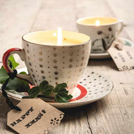 Homemade Christmas teacup candles
