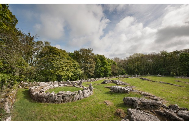The Romano-British stone hut circles at Din Lligwy