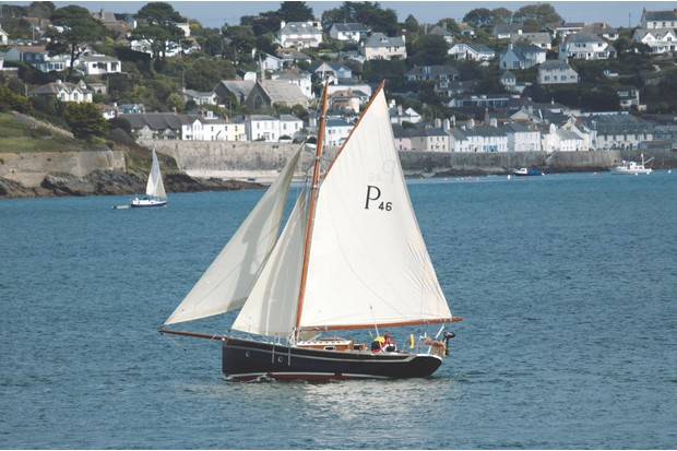 BC5370 Traditional Falmouth Working Boat, Gaff Cutter, Passing St Mawes in Falmouth Harbour