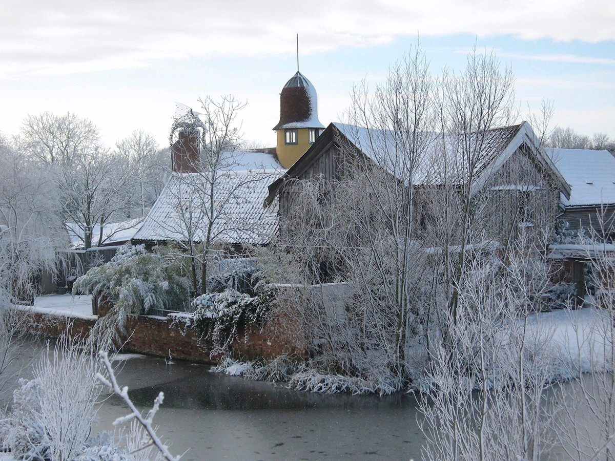 Bellegrove-snow--8727409