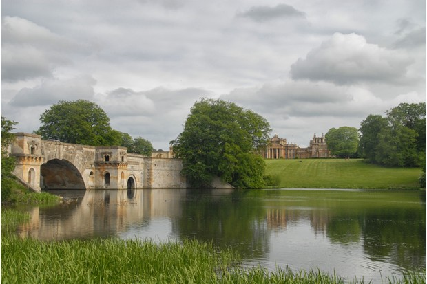 Blenheim-Palace-Oxford-45253a3