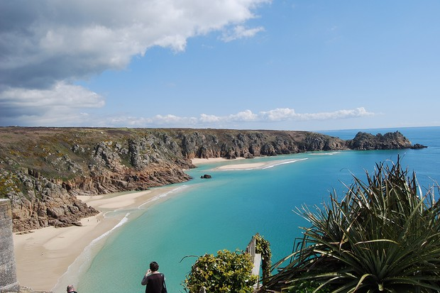 Boskenna-Cottage-Porthcurno-to-Logan-Rock-65e0b0b