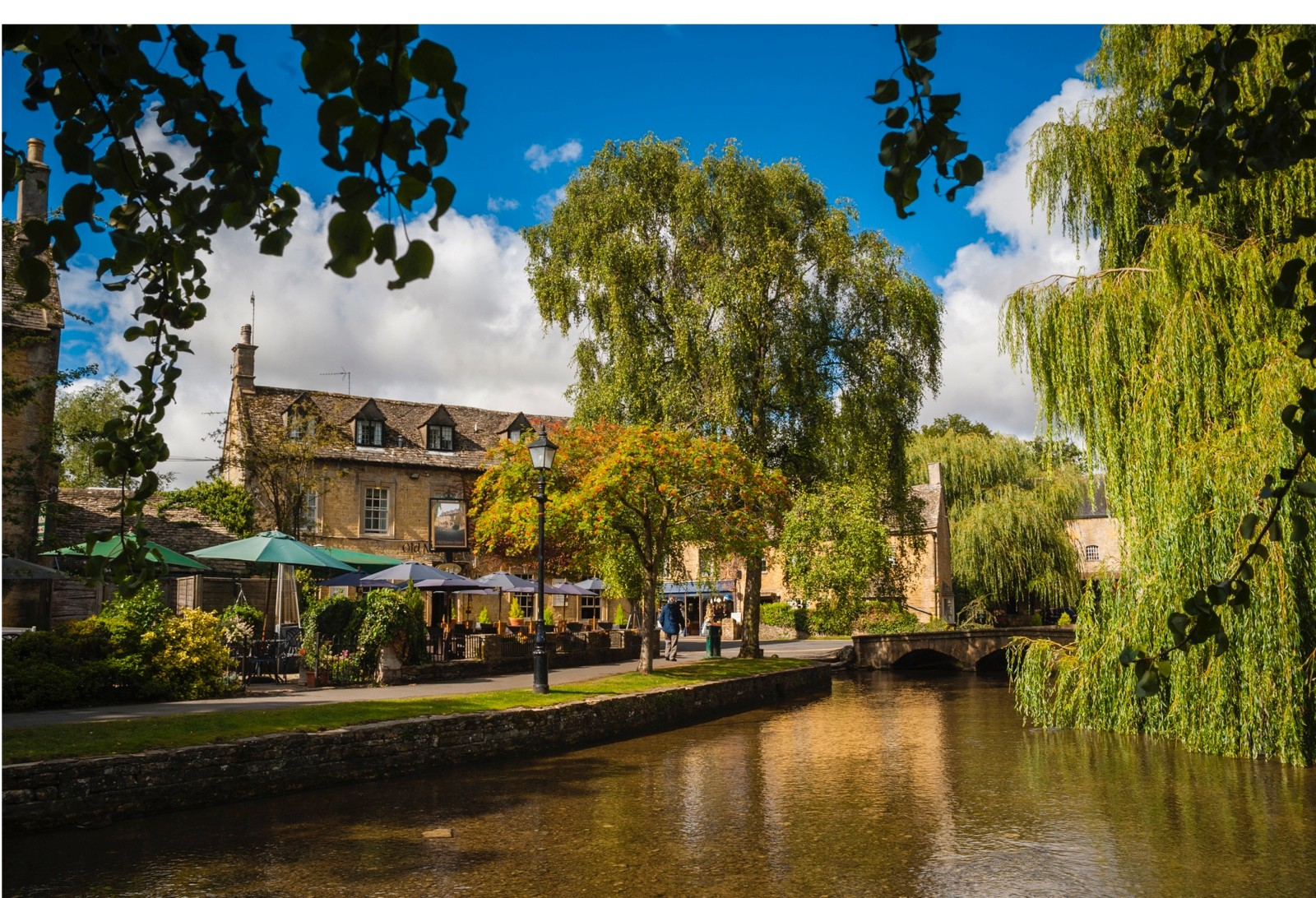 Bourton-on-the-water_0-49a3872