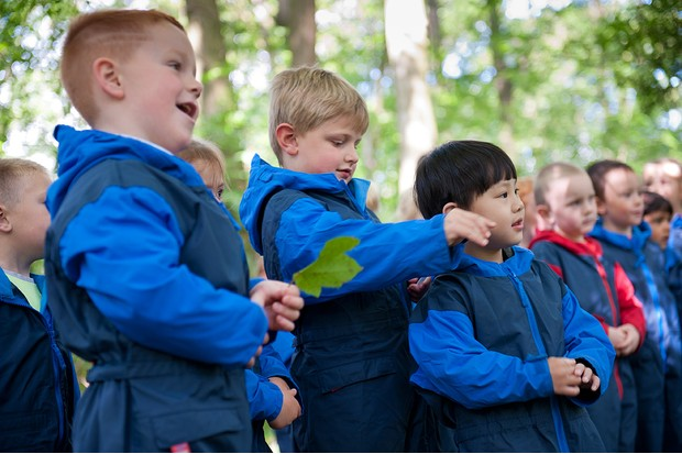 Children from Rowley View Nursery School participating in the Moorcroft Environmental Centre Forest School, Moorcroft Wood, Moxley, Walsall, West Midlands, July 2011