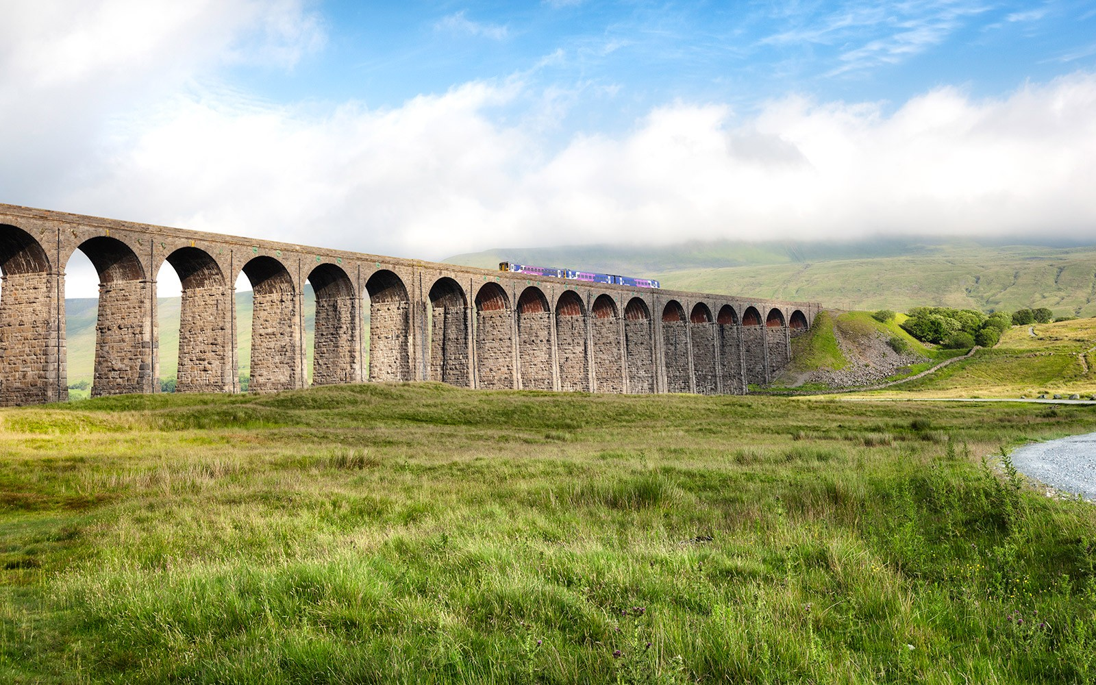 Cover-image-viaduct-8896763