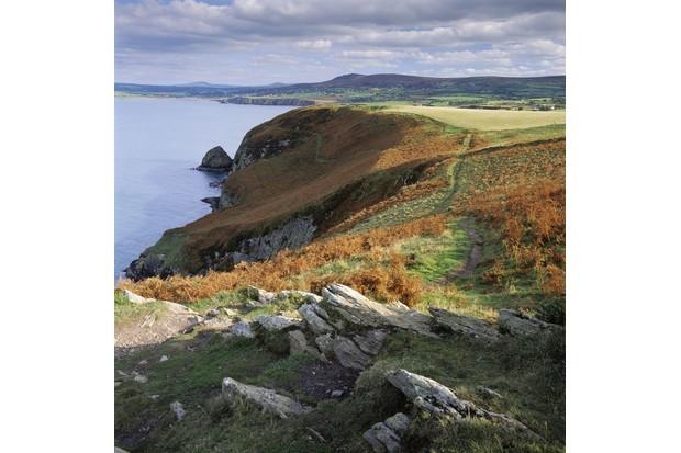 Dinas-Head-C2A9National-Trust-Images-Joe-Cornish_0-e2a4958