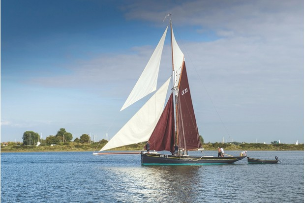 E8776W An historic gaff rigged East Coast Fishing Smack on the Blackwater River in Essex.