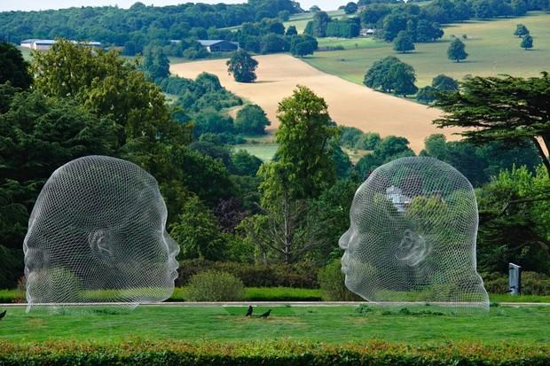 United Kingdom, England, Yorkshire, Wakefield, YSP Yorkshire Sculpture Park, Jaume Plensa sculpture