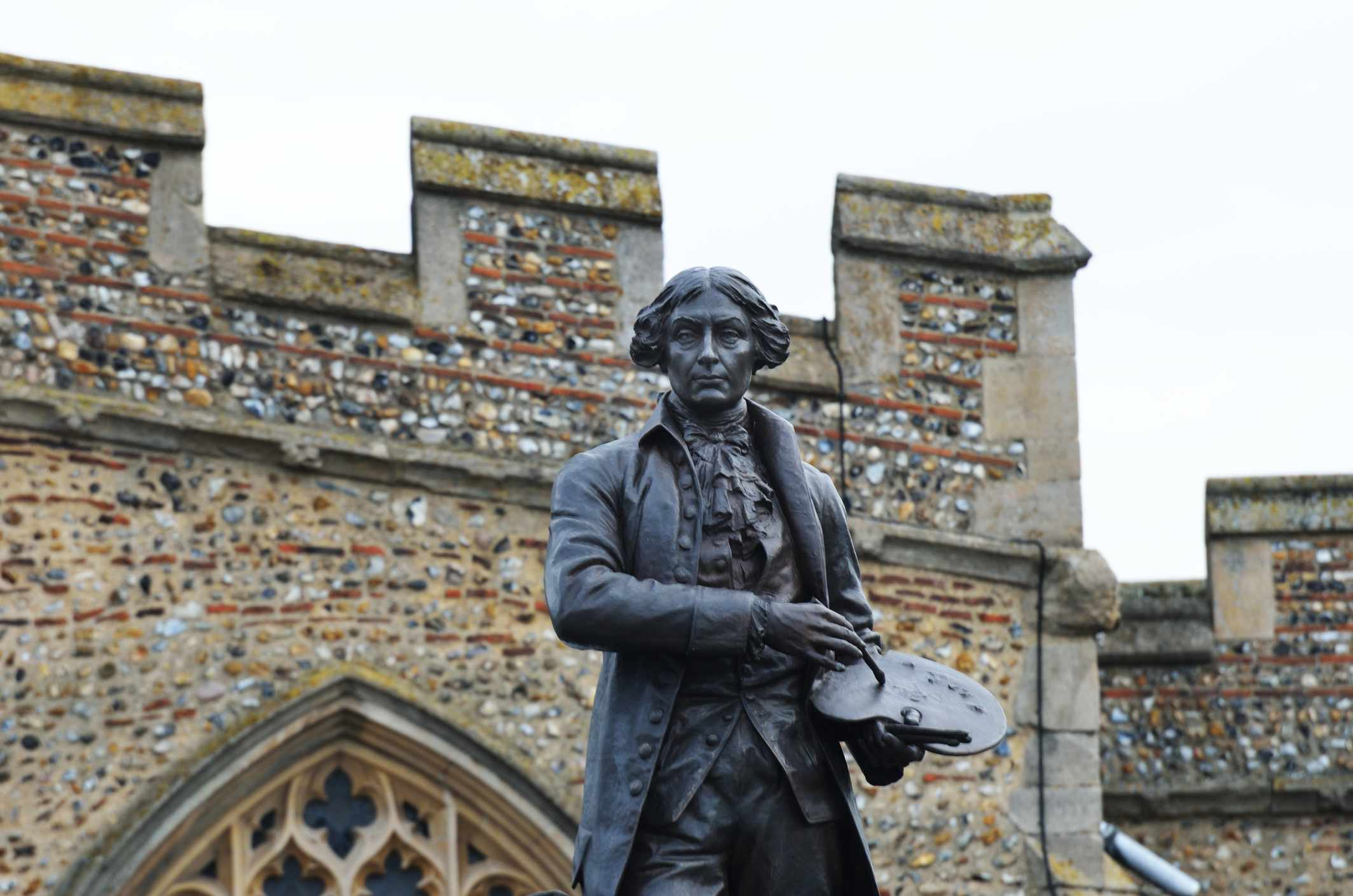 Sir Thomas Gainsborough statue in Sudbury