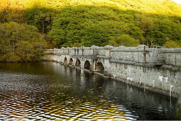 Burrator's dam wall
