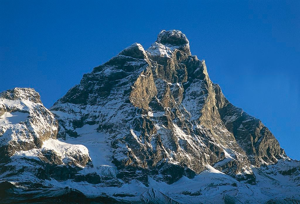 ITALY - APRIL 28: The Matterhorn, 4478 m, seen from Breuil-Cervinia, Valtournenche, Aosta Valley, Italy. (Photo by DeAgostini/Getty Images)