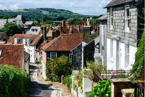 Chapel Hill. Picturesque residential street in Lewes, West Sussex, England