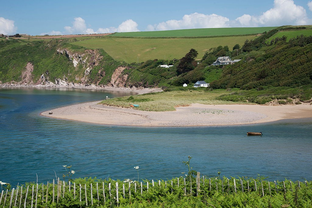 The River Avon at Bantham South Devon England UK. (Photo by: Education Images/UIG via Getty Images)