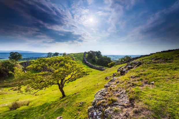 Hadrian's Wall at Walltown Crags in Northumberland ©Alamy
