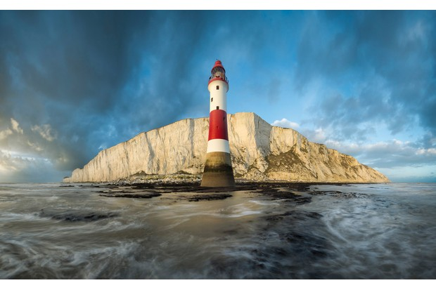 HIGHLY-COMMENDED-Mirek-Galagus2C-27The-Guardian-of-The-Island272C-Beachy-Head2C-East-Sussex2C-England2C-Landscape-Photographer-of-the-Year-2016-6284c6e