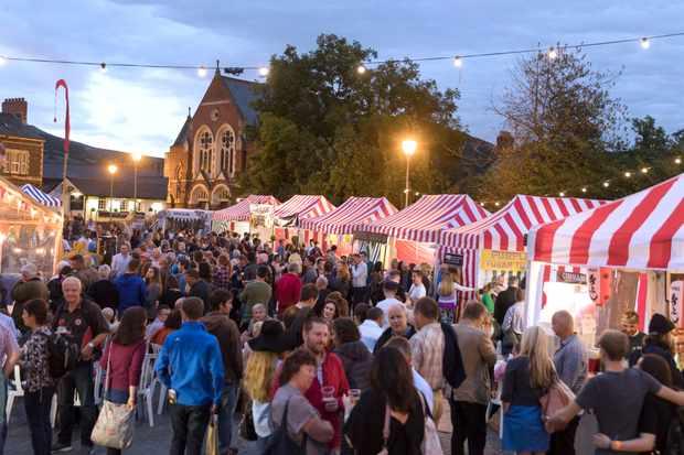 17/09/2016 Pics (C) HUW JOHN MANDATORY BYLINE - Huw John, Cardiff  Abergavenny Food Festival - Night Market  mail@huwjohn.com www.huwjohn.com M: 07860 256991
