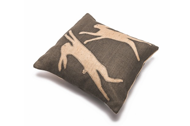 Helkat_Classic_hares_cushion-490cb68
