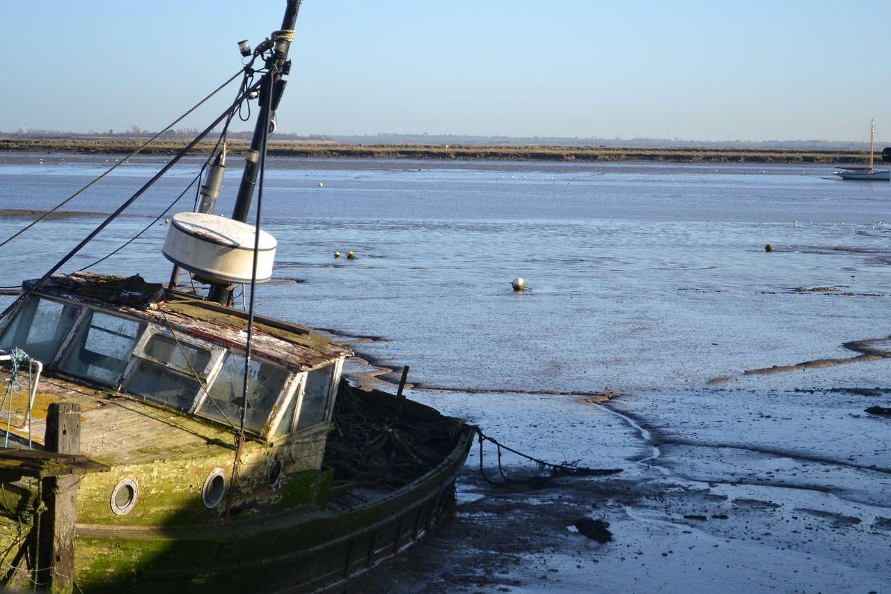 Heybridge-basin-ship-b30ef95