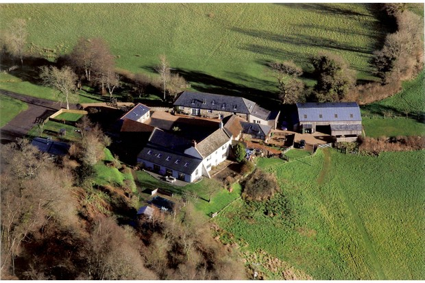 Higher-Wiscombe-aerial-view-d242702