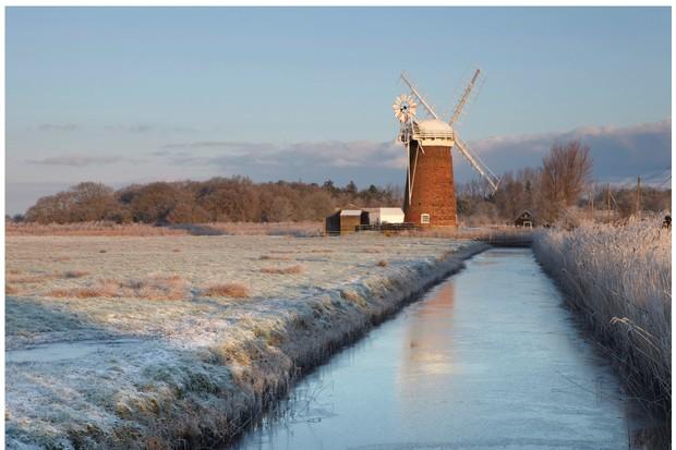 Horsey Windpump frozen in winter
