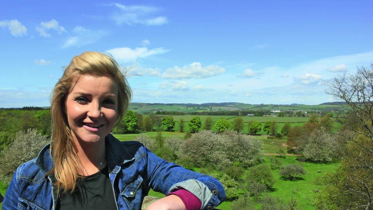 Helen Skelton Countryfile presenter