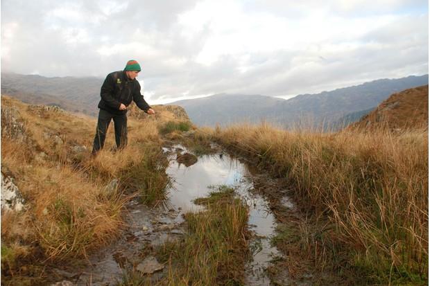 LO-5-Eroded2C-muddy-footpath-in-Snowdonia-that27s-in-urgent-need-of-repair-4c7c674