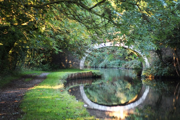 Leeds-and-Liverpool-canal