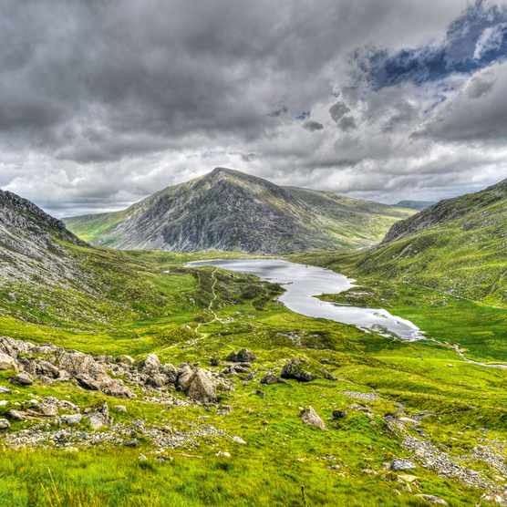 Llyn-Idwal-Snowdonia-fc85743