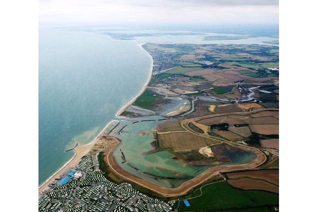 Medmerry-Managed-Realignment-Scheme-major-sea-defences-between-Selsey-and-Bracklesham2C-West-Sussex-0256f40