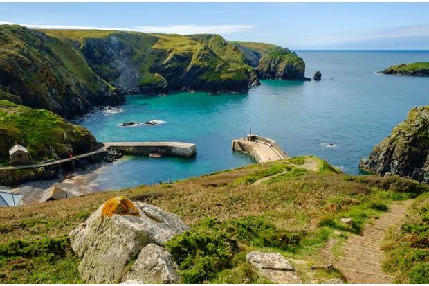 Mullion Cove, Lizard Peninsula, Cornwall, England, UK