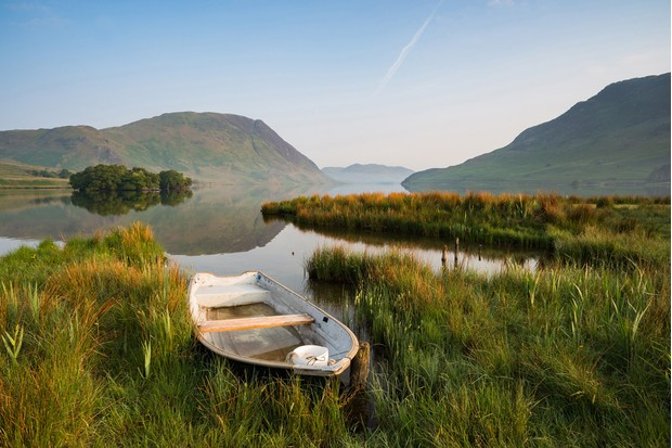Peter-Henry2C-27Morning-Light-at-Crummock-Water272C-Cumbria2C-England2C-Landscape-Photographer-of-the-Year-2016-38bcfd7