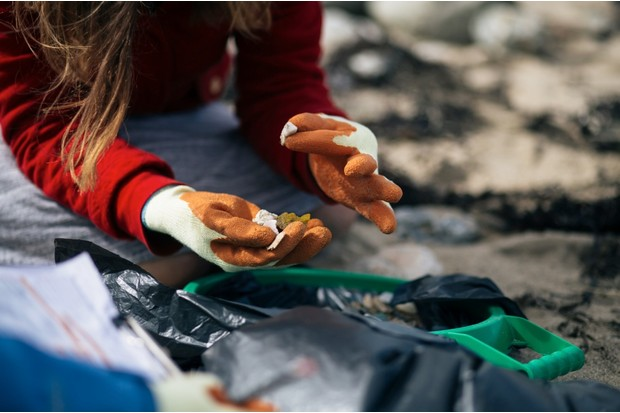 RS27749_Porthtowan_Beach_Clean_-_21_Sep_2015_-_HI-RES-131-33305b7